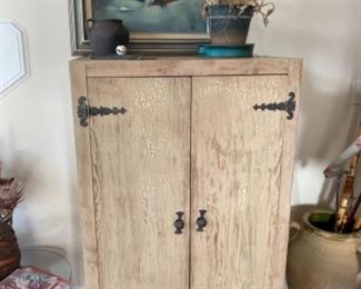 Distressed caninet