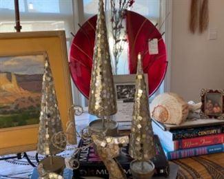 Christmas items, art glass vase