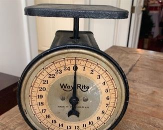 Vintage Way Right 24 Pound Scale....Works!