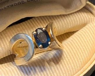 016 Sapphire  14k Gold Ring
