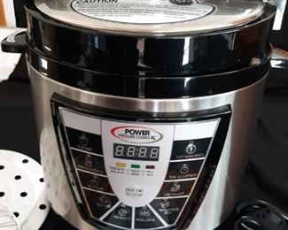 Intertek Power Pressure Cooker like new