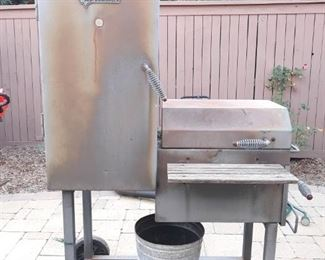 New Braunfels grill and smoker