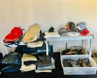 Men's Jeans / Shorts / Hats / Belts