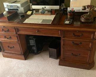 $500 desk