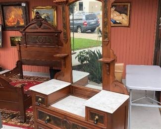 EASTLAKE BEDROOM FURNITURE PRICES REDUCED! $1,500 FOR EVERYTHING!