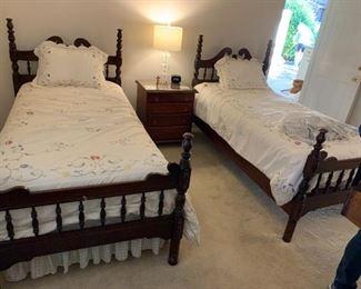 #1BedTwin Mahogany Headboard/Footboard Bed  $120 each $240.00