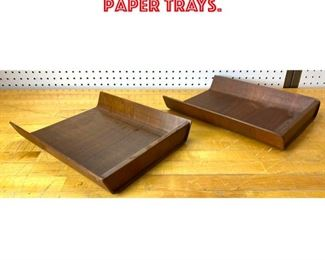 Lot 2531 2pc Knoll Letter Paper Trays.