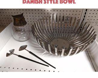 Lot 2551 Shelf lot Owl and metal Danish style bowl
