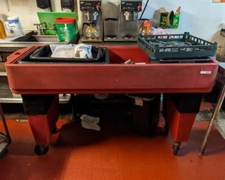 ?? Cambro Cart, Contents Not Included