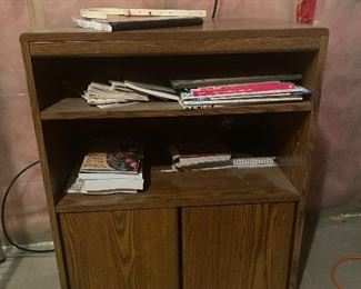 Small old school TV or microwave cabinet