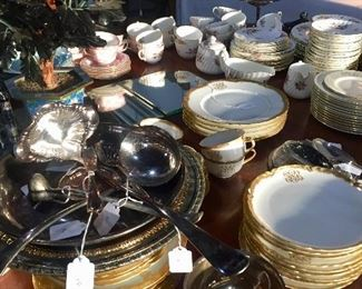 Loads of gold and white china of all sizes - mostly very vintage/antique