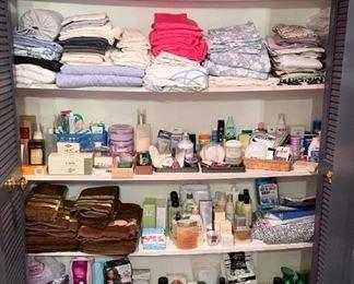 Bed & Bath Linens, Toiletries, Vanity Items