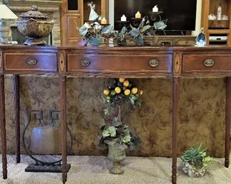 Beautiful wood console table with draws.