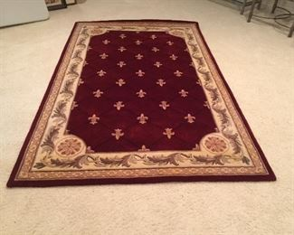 """Royal Palace hand made wool rug 8'3""""x 5'3"""" execelent condition"""