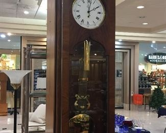 Colonial 6'  pendulum wall clock - this is a beauty!