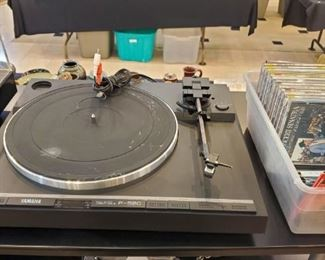 Yamaha P- 520 direct drive turntable sold as is does power on needs stylus.