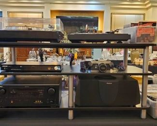 The Sansui 838 turntable in the picture will not be available.