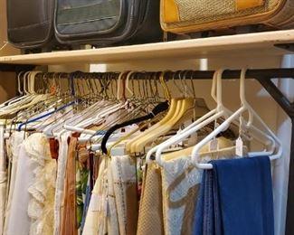 Many nice linens!