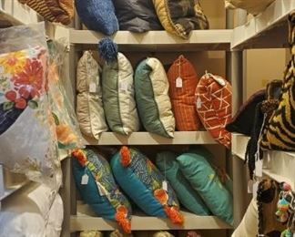 Tons of pillows - many new!