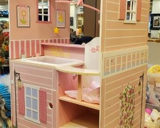 LOVE!  Any little girl that loves babies is going to love this!