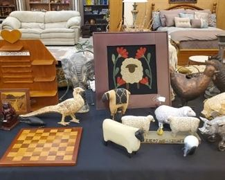 MANY higher end animal collections.  If you are looking for resell items, this is the sale for you!