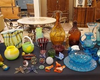 MANY handblown glass pieces - love all the color!