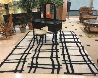 very nice 8x 10 area rug