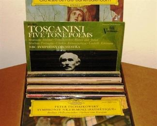 17 140 Classical LPs  box sets  some mint