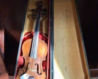 Antique GSB wood coffin style violin/fiddle case