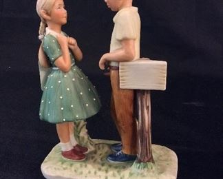 Norman Rockwell Porcelain Figurine Day in the Life of a Girl II Rw-35.