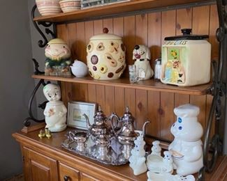 Antique cookie jars casper the friendly ghost and Phillsbury Dough boy and accessories.