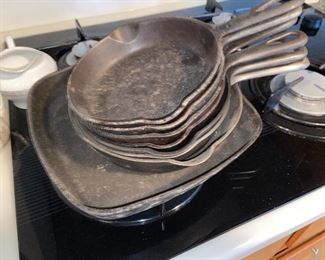 Griswold set of frying pan skillets $200