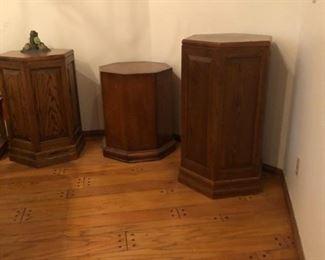 Solid wood pedestals
