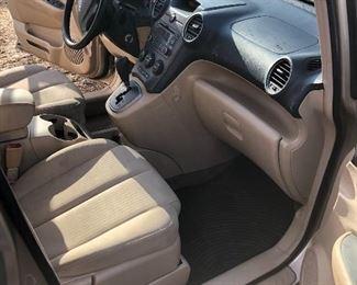 2007 Kia Rondo 1 owner, 135,900 miles, $2,750