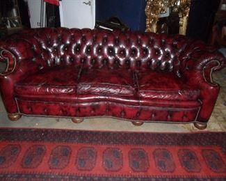 Leather nip & tuck sofa & runner