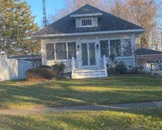 Sale venue in this charming Grand Haven home.   Heads-up, the owners are looking for a renter!