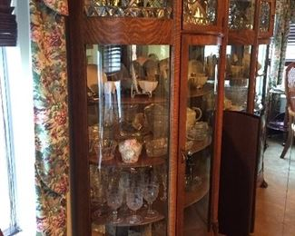 Antique curio is not for sale. We will be selling the contents.