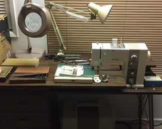 Bernina  Record 930 Electronic.