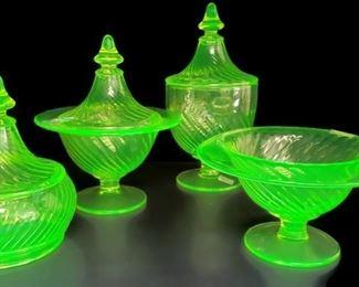 Uranium glass, 1930s glass