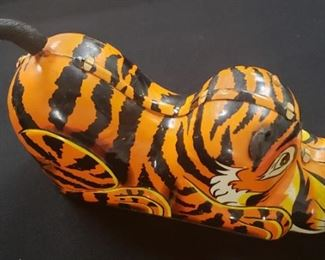 Vintage Marx Tin Litho Tiger Toy