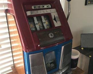 """$2,500 Restored and working Mills Vintage 1940s nickel slot machine. 26""""x14""""x14"""""""