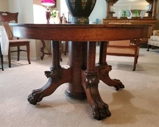 Show stopper, 1800's golden oak, large round Dining Table...Large Victorian Period Japanese Champleve Urn