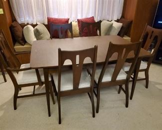 MCM Dining table & 6 Chairs