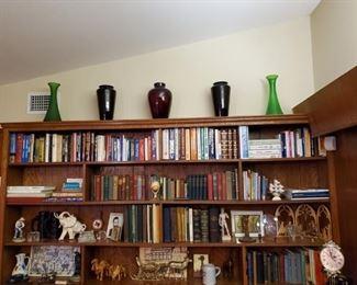 BOOKS & OLD GLASSWARE