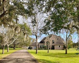 Beautiful 3200+ Sq Ft Home located on 4 Acres along the Brazos River