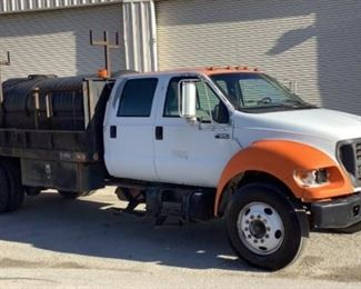VIN 3FDWW65Y6YMA72884 Year: 2000 Make: Ford Model: F-650 SuperDuty Trim Level: CrewCab Water Tank Truck Engine Type: 5.9L L6 Diesel Transmission: Manual