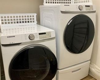 Front load Samsung washing machine and electric dryer