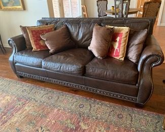 """$875~ WOW! HIGH END BERNHARDT LEATHER SOFA WITH NAIL HEAD EMBELLISHMENTS - 6 ' 10"""" LENGTH"""