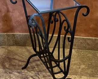Wrought Iron Glass Top Side Table/Magazine Rack24x16x16inHxWxD