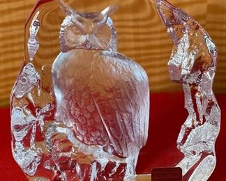 Matts Jonasson Owl Crystal Glass Sculpture Signed6x5.25x1.5inHxWxD
